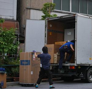 家電製品の配送の仕事